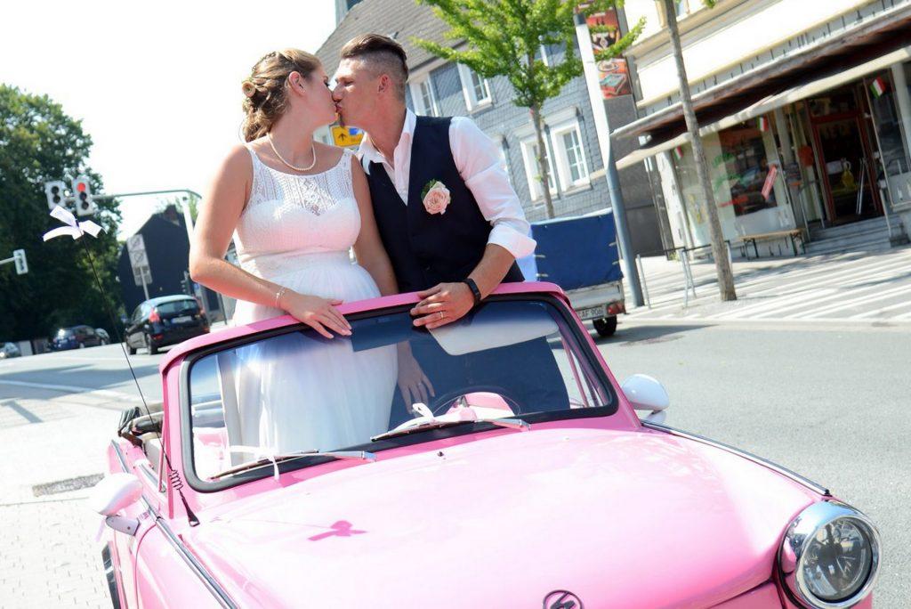 Trabbi Hochzeit Kuss