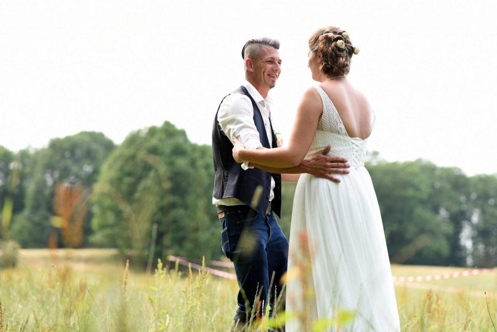 Wiese Hochzeit führen