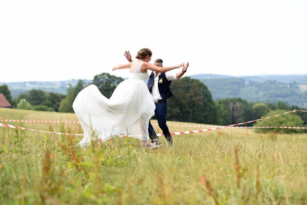 Wiese Hochzeit landung